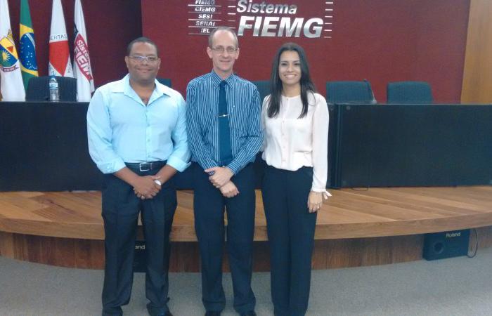 Coordenador Administrativo da AFRIG – Sr. Ronan Felício de Souza, Consultor - Sr. Moacir José Cerigueli e Assessora executiva da AFRIG – Sr.ª Kamila Carvalho.